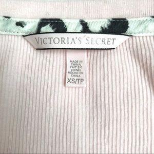 Victoria's Secret Tops - NWOT - Victoria's Secret Henley Thermal Top